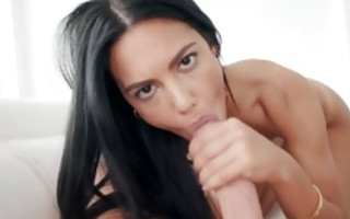 Fabulous brunette slut Apolonia Lapiedra has insane sex