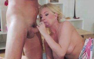 Donna Bell enjoying insane deep anal fucking