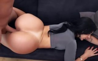Fabulous Valerie Kay takes knob in juicy pussy